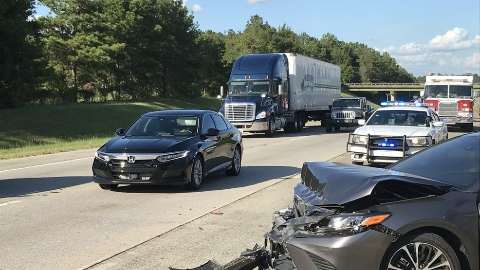 TRAFFIC ALERT: Wreck delays afternoon commute on I-75 south