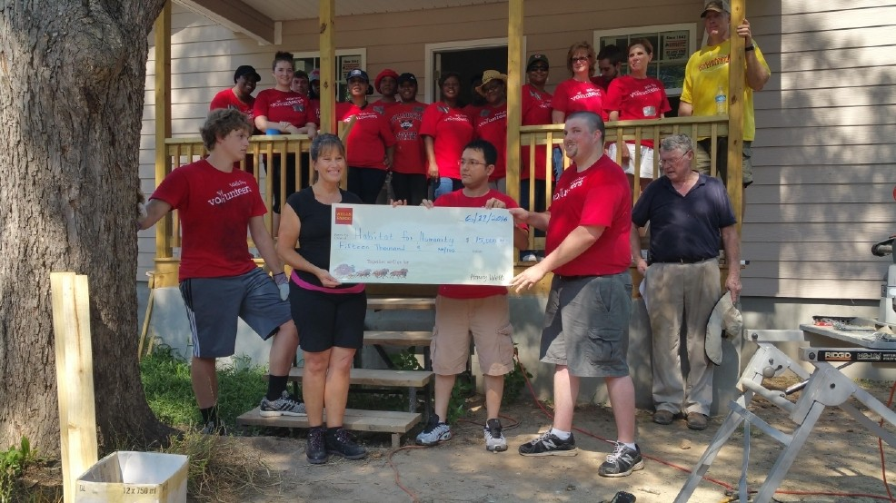 Wells Fargo teams with Habitat for Humanity to build new home in