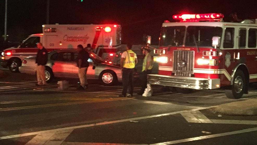 Wreck in Macon sends woman to hospital | WGXA